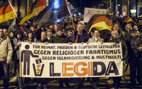 Γερμανία: Χιλιάδες άνθρωποι στην πορεία του αντιισλαμικού κινήματος στη Λειψία