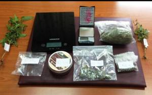 Σύλληψη 38χρονου με αρχαιότητες και ναρκωτικά (Pic)