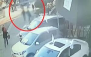 Ισραήλ: 23χρονος μαχαιρώνει πισώπλατα γυναίκα (video)