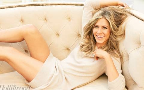 Jennifer Aniston: Η δυσλεξία, ο γάμος, το παιδί και ο Brad