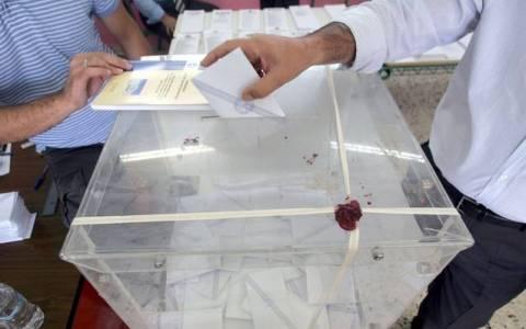 Δημοσκοπήσεις: Μπροστά ο ΣΥΡΙΖΑ με 2%