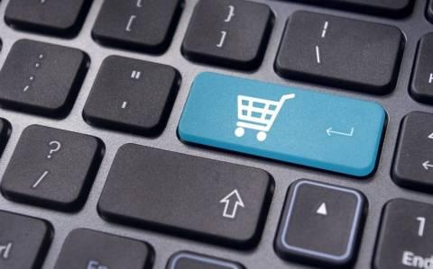 Τι να προσέξετε στις online αγορές εν μέσω εκπτώσεων