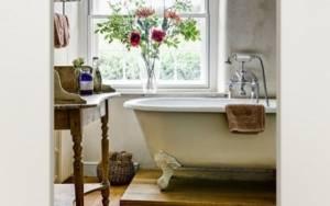 Διακόσμηση μπάνιου: 4 tips που θα το μετατρέψουν στον πιο αγαπημένο χώρο