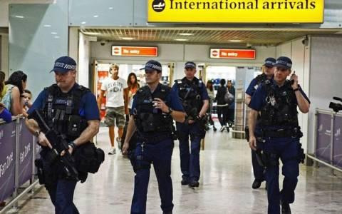 Βρετανία: Εξαπλάσιες οι συλλήψεις που σχετίζονταν με τρομοκρατία το 2014