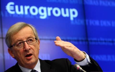 Δεν βλέπει μείωση του ελληνικού χρέους ο Γιούνκερ