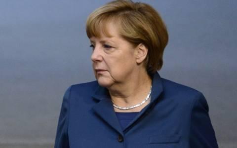 Μερκελ: Οι Γερμανοί πρέπει να πολεμήσουν τον ρατσισμό και τον αντισημιτισμό
