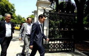 Κυβέρνηση ΣΥΡΙΖΑ: Τα τηλεφωνήματα και οι... καραμπόλες της τελευταίας στιγμής