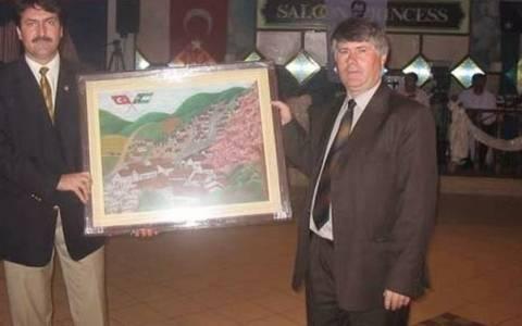 Hürriyet: Σάρωσαν οι «Τούρκοι του Σύριζα» …