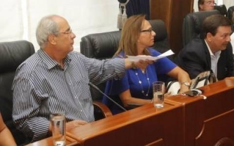 Παραιτήθηκε απο το δημοτικό συμβούλιο Πειραιά ο Βασίλης Μιχαλολιάκος