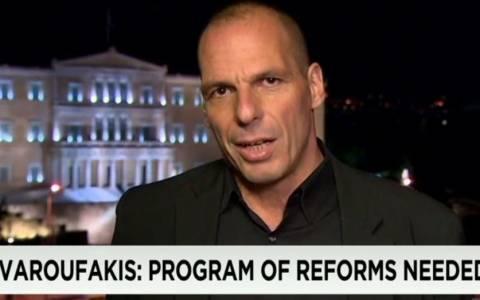 Βαρουφάκης στο CNN: Δεδομένη και αδιαπραγμάτευτη η παραμονή στην Ευρωζώνη