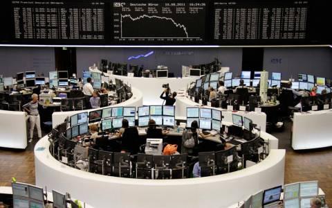 Οι ευρωπαϊκές χρηματαγορές ανεβαίνουν, η ελληνική πέφτει...