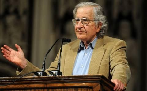 Νόαμ Τσόμσκι: «Εξεγερτική λαϊκή αντίδραση η νίκη του ΣΥΡΙΖΑ»