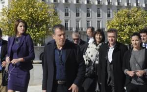 Θεοδωράκης: Να μην πάει μόνος του ο ΣΥΡΙΖΑ στην Ευρώπη