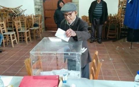 Κρήτη: Ψηφοφόρος ετών… 102!