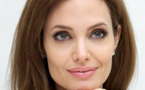 Η Angelina φταίει για όλα: O star χώρισε τη σύζυγό του, τα έφτιαξε με νεότερη και…