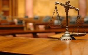 Ποινές φυλάκισης σε 85 άτομα για πλαστά διπλώματα οδήγησης