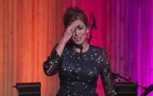 Eva Mendes: Με δάκρυα μιλά για τη μάχη που δίνει ο αδερφός της με τον καρκίνο