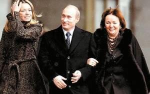 Μπλόγκερ αποκάλυψε τη μυστική ταυτότητα της κόρης του Πούτιν
