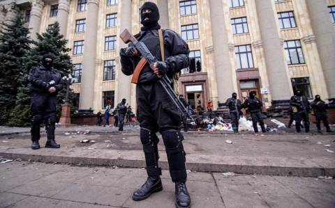 Ουκρανία: Οι αυτονομιστές απειλούν ότι θα διευρύνουν τις επιχειρήσεις τους