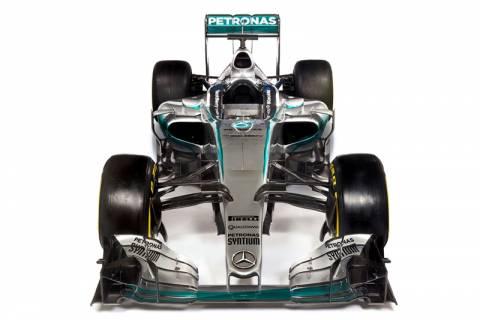 F1: Η πρώτη (επίσημη) εμφάνιση της Mercedes W06 του 2015
