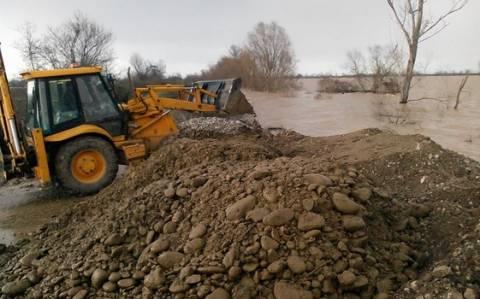 Τρίκαλα: «Πνίγηκαν» τα Μεγάλα Καλύβια