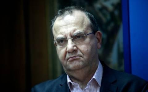 Στρατούλης: Δεν θα ισχύσει τίποτα από το e-mail Χαρδούβελη