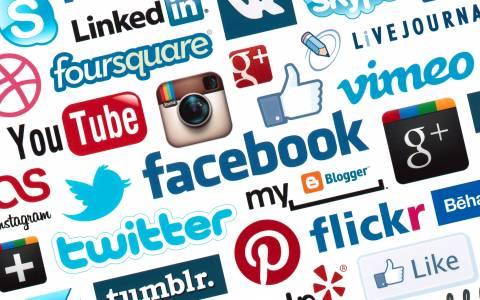 Πόσες ώρες αφιερώνουμε καθημερινά στα κοινωνικά δίκτυα (infographic)
