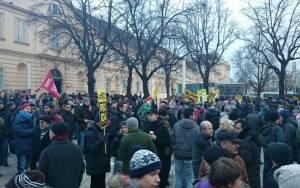 Το αντιισλαμικό κίνημα PEGIDA πραγματοποίησε την πρώτη του πορεία στη Βιέννη