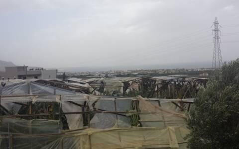 Μεγάλες ζημιές σε θερμοκήπια και καλλιέργειες στα Μάλια από τους ανέμους (pic)