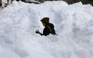 Επτά νεκροί από τη χιονοθύελλα που έπληξε τα βορειοανατολικά των ΗΠΑ (video+pics)