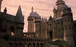 Η σχολή μαγείας από την ταινία Harry Potter μετακόμισε στην Κίνα! (video)