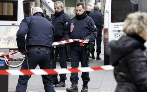 Γαλλία: Επίθεση με μαχαίρι κατά αστυνομικών σε εβραϊκό κέντρο