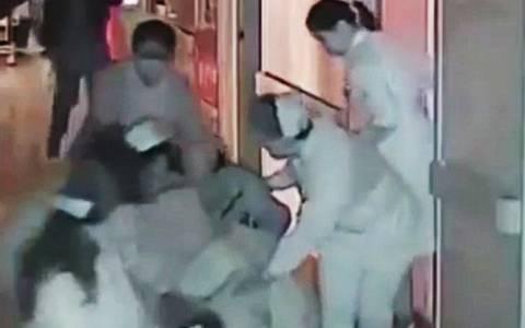 Σοκ στην Κίνα: Τραγικό τέλος βρέφους λίγο λεπτά μετά τη γέννησή του (video & pics)