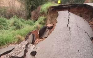 «Σεισμόπληκτα» μοιάζουν τα χωριά στα όρη Σουλίου