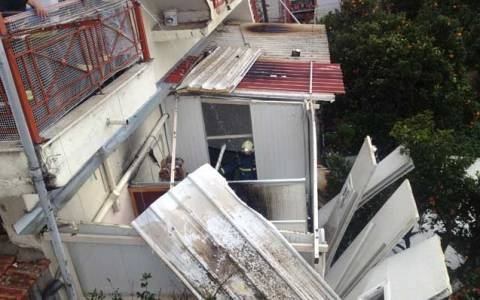 Αμφιλοχία: Ισχυρή έκρηξη με τραυματίες σε καφετέρια (photos+videos)