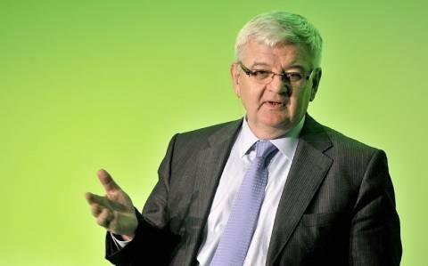 Γ. Φίσερ: «Η λιτότητα σκοτώνει. Απόδειξη η Ελλάδα»