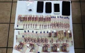 Πρέβεζα: Δύο συλλήψεις για ναρκωτικά και πλαστά χαρτονομίσματα