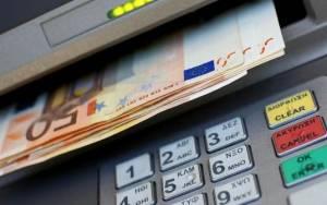 Φυγή καταθέσεων από τις ελληνικές τράπεζες «βλέπει» η Lindsey Group