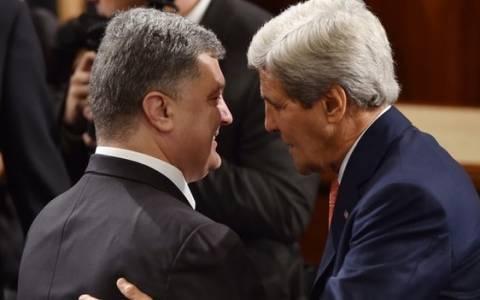 Ουκρανία: Συνάντηση Ποροσένκο με Κέρι
