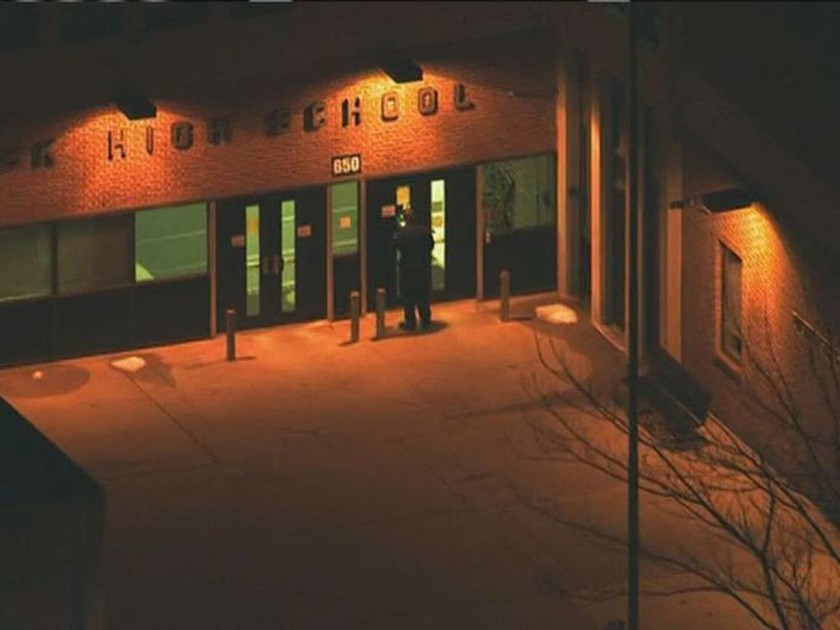 HΠΑ: Συναγερμός έπειτα από πυροβολισμούς σε σχολείο