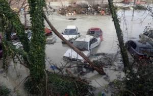 Άρτα: Αντιμέτωποι με τις καταστροφές οι πολίτες (video)