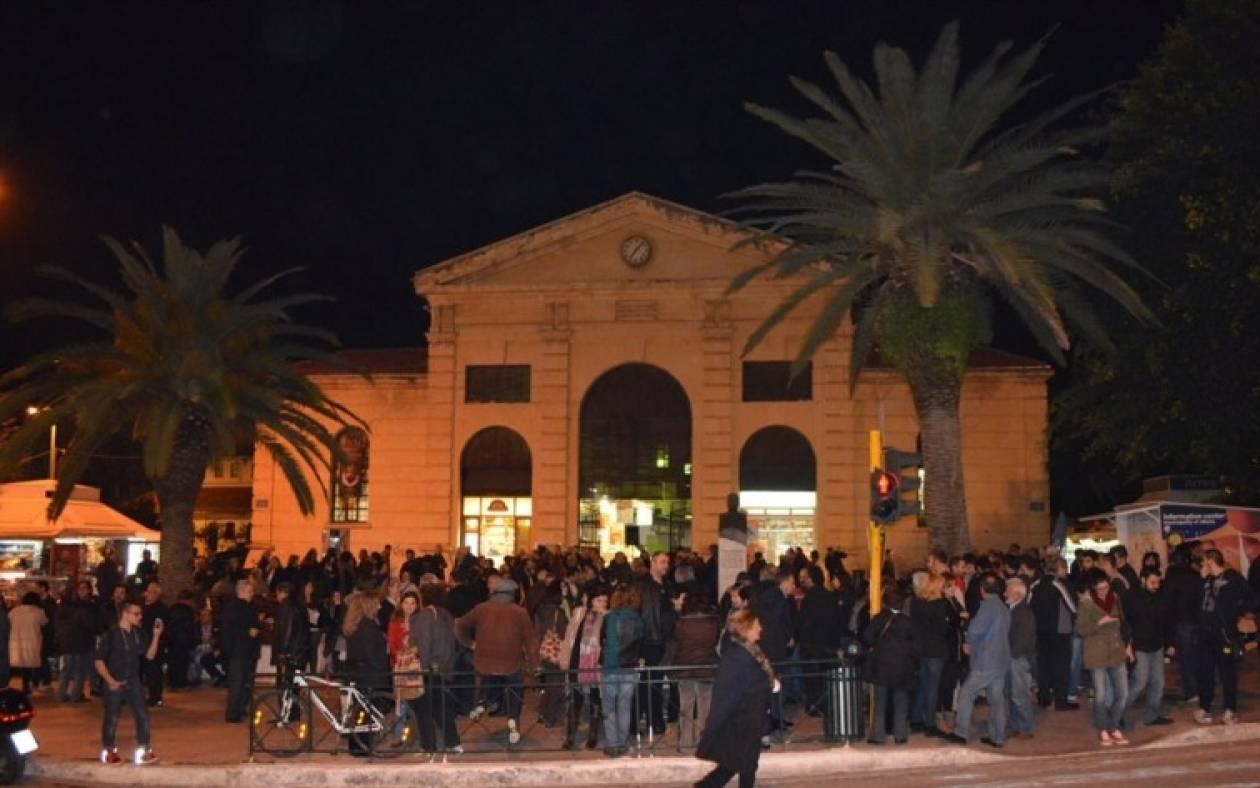 Συγκεντρώσεις συμπαράστασης υπέρ της κυβέρνησης στην Κρήτη (video&photos)