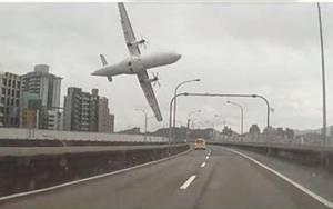 TransAsia: Και οι δύο κινητήρες έσβησαν μετά την απογείωση