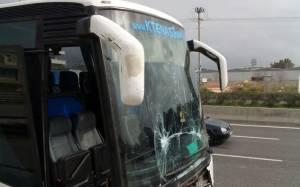 Τροχαίο με λεωφορείο και περιπολικό στην ΕΟ Αθηνών-Λαμίας(photos+video)