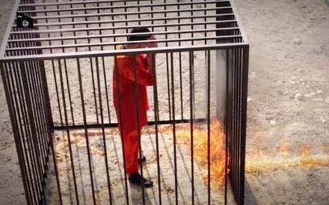 Με θάνατο κινδυνεύει ιερωμένος του ΙΚ που διαφώνησε με το κάψιμο του πιλότου