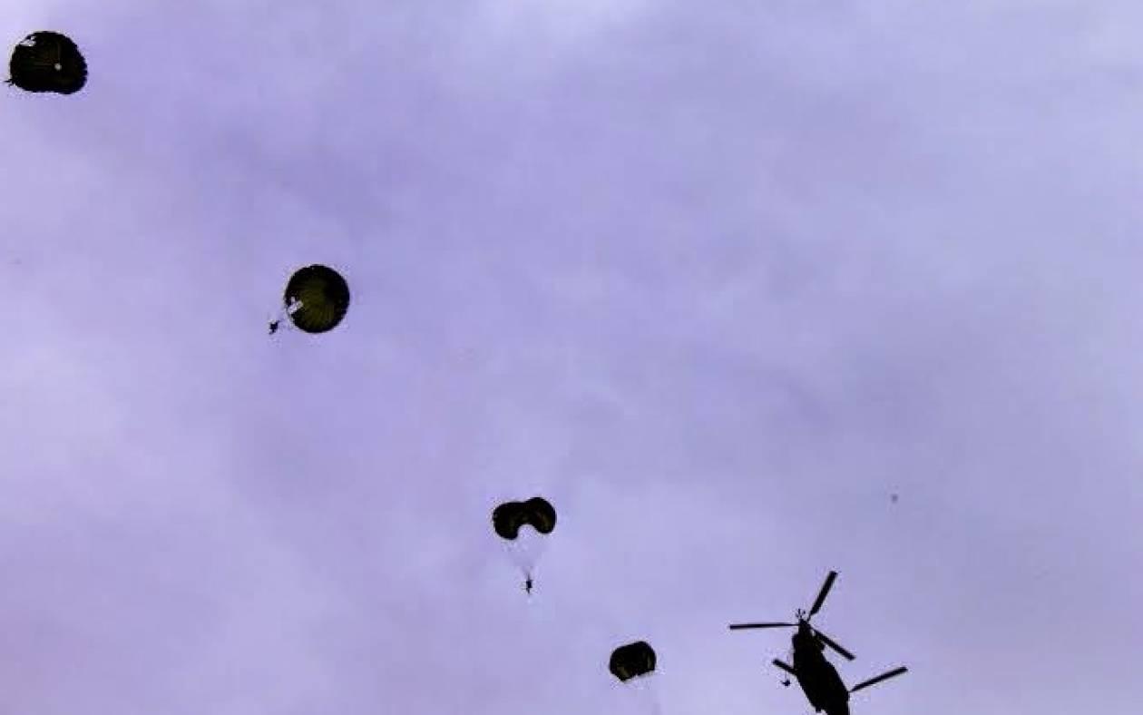 Εκτέλεση Αλμάτων από Στελέχη Ειδικών Δυνάμεων στο Μάλεμε  (pics)