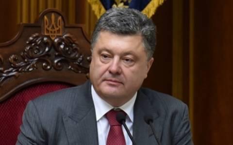 Στρατιωτική υποστήριξη από τους συμμάχους ζητά ο Ποροσένκο