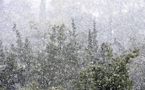 Έκτακτο δελτίο επιδείνωσης καιρού - Χιόνια και στο κέντρο της Αθήνας