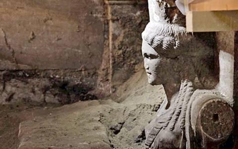 Αμφίπολη: Παραπλανητική η ταφή στον τέταρτο θάλαμο;