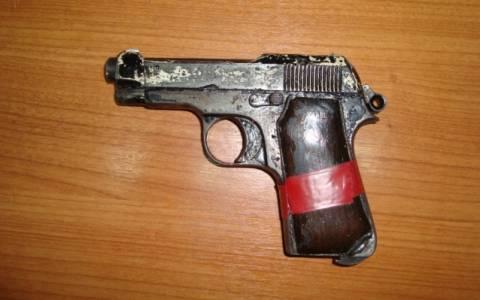 Βόνιτσα: Μικρό οπλοστάσιο ανακάλυψαν αστυνομικοί σε σπίτι 48χρονου (photos)